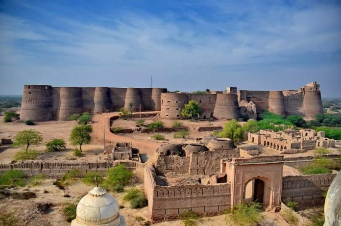 derawar-fort-punjab-2-696x461
