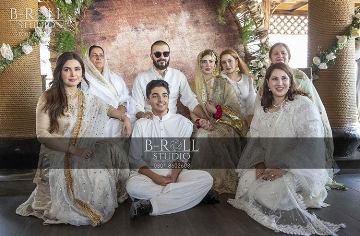 hamza ali abbasi family naimal khawar