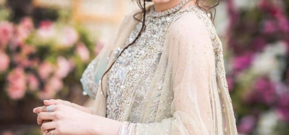 bridal shoot hira mani