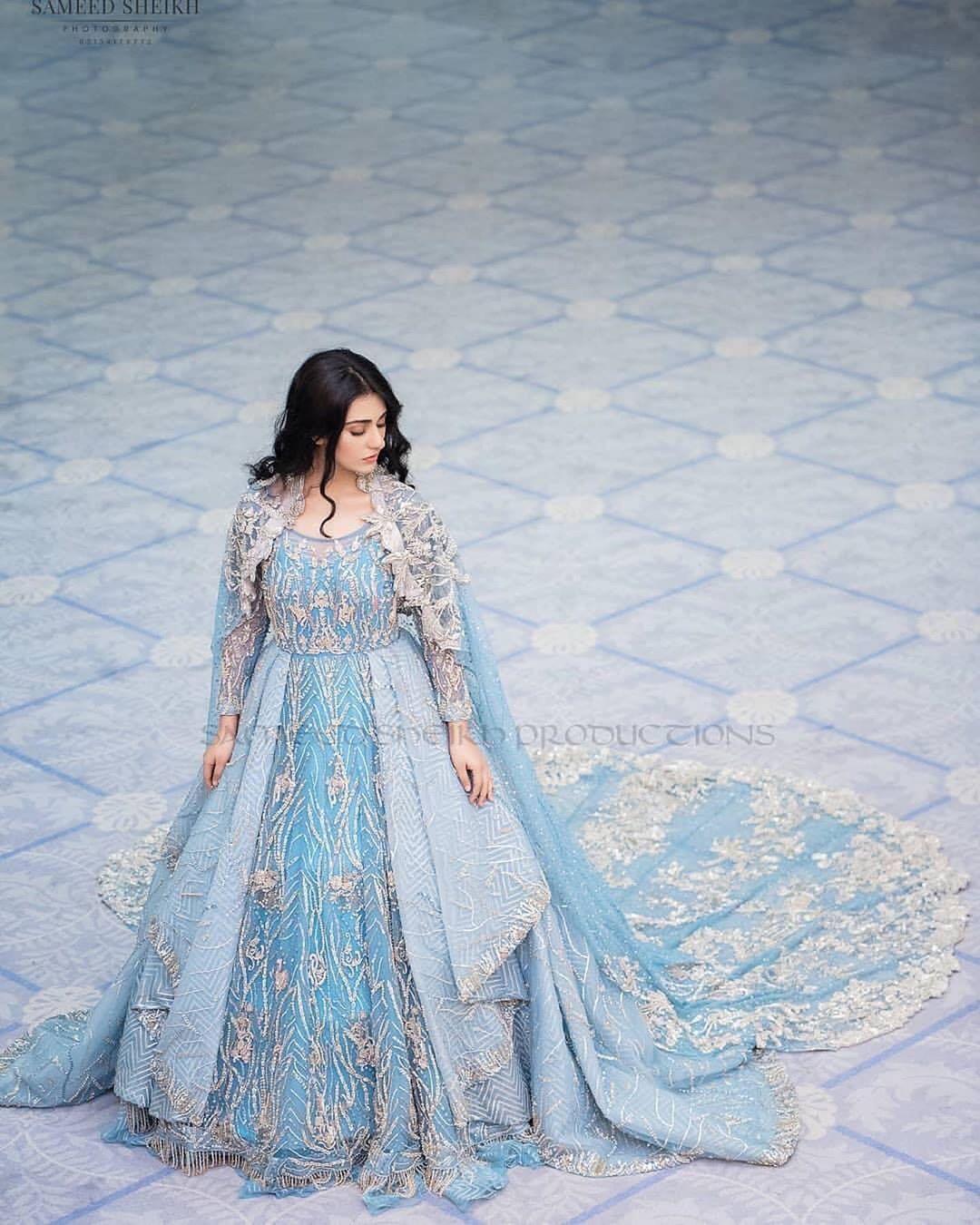 sara khan bridal outfit