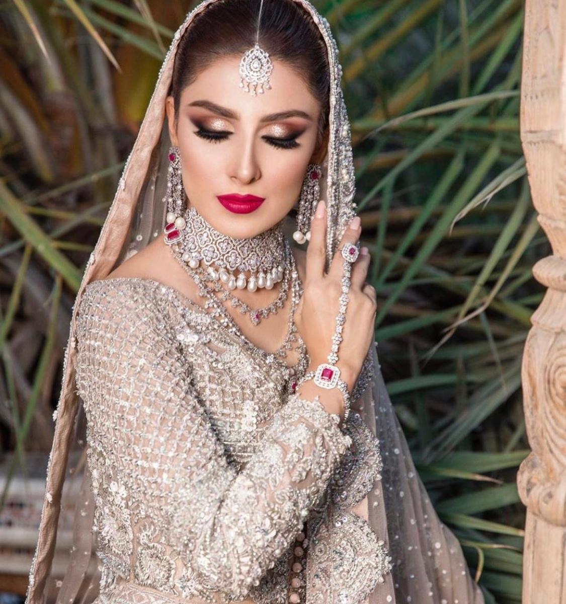 ayeza khan the odd onee