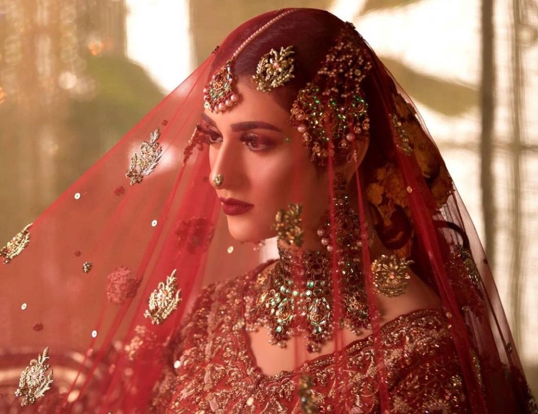 sarah khan bridal pic